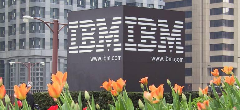 IBM, o lavori in ufficio o ti licenzi